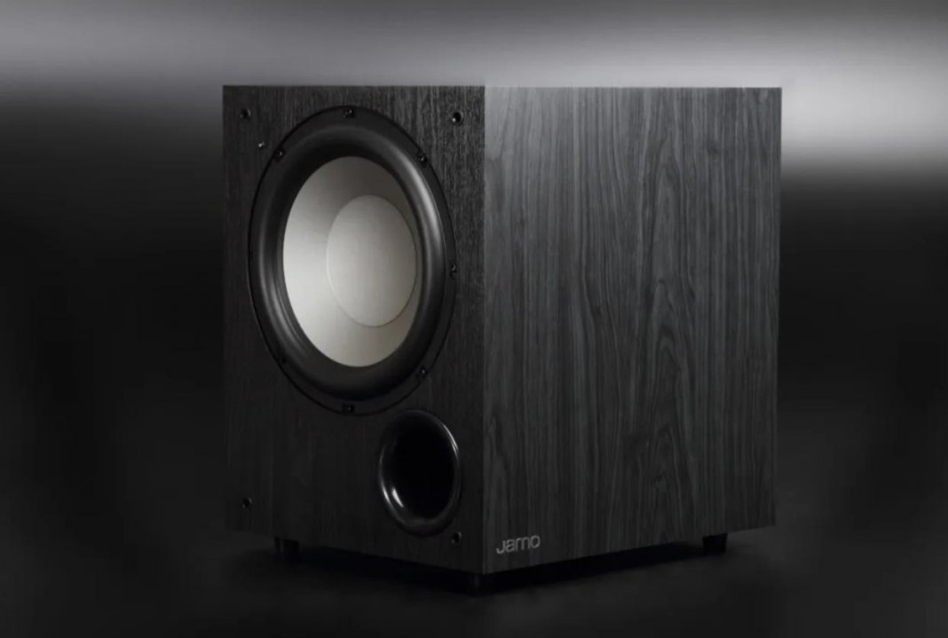 jamo c910 active subwoofer feature image