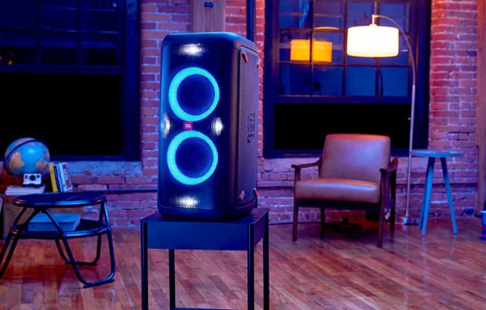 JBL PartyBox 200 Review